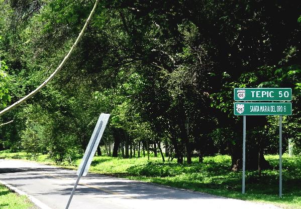 Carretera Pueblo Santa María del Oro a Laguna del mismo nombre, Nayarit