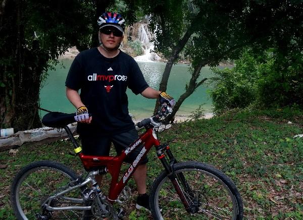 Cicloturista en las Cascadas de Villa Luz, Tapijulapa Tabasco, 2017