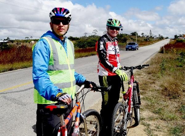 Cicloturistas ruta Comitán- Lagunas de Montebello, Estado de Chiapas