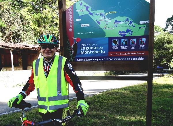 Cicloturista en Lagunas de Montebello Chiapas 2017