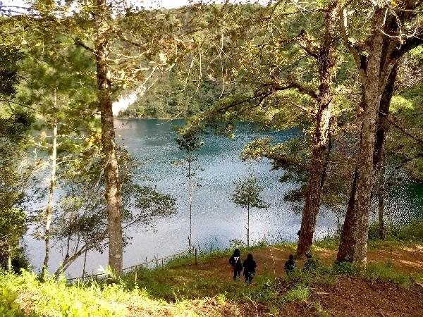 Laguna Encantada en Lagunas de Montebello, Estado  de Chiapas. Cicloturismo México 2017