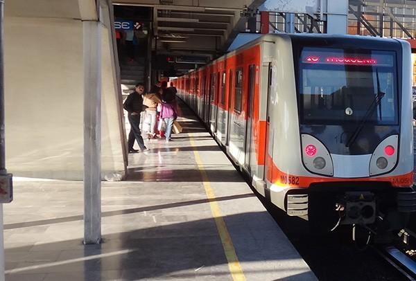 Metro Chapultepec, alcaldía Miguel Hidalgo CDMX. Senderismo urbano