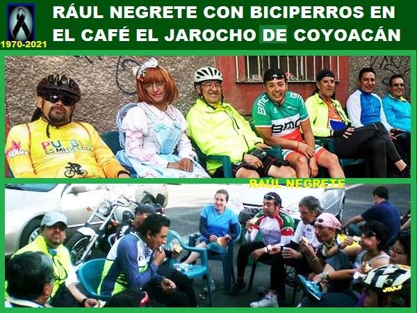 Raúl Negrete ciclista del grupo Biciperros en El Jarocho de Coyoacán CDMX, despues de una rodada.
