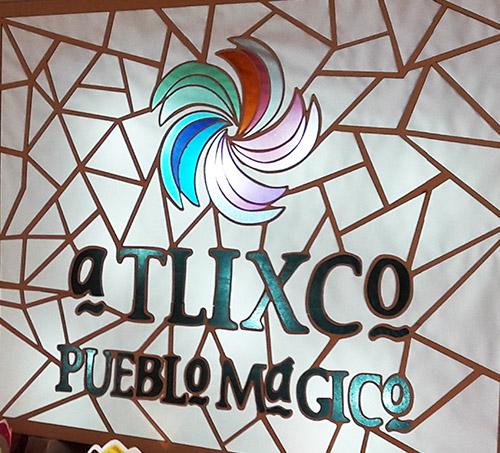 Emplomado y  vitral de Atlixco Pueblo Mágico. Estado de Puebla, México