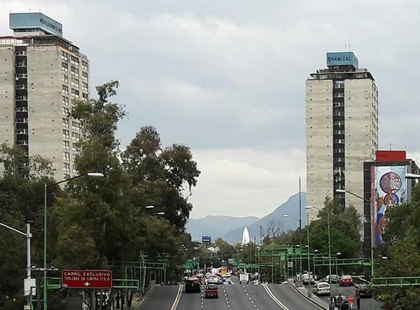 Conjunto Habitacional Nonoalco-Tlatelolco, Alcaldía Cuauhtémoc, CDMX, senderismo urbano